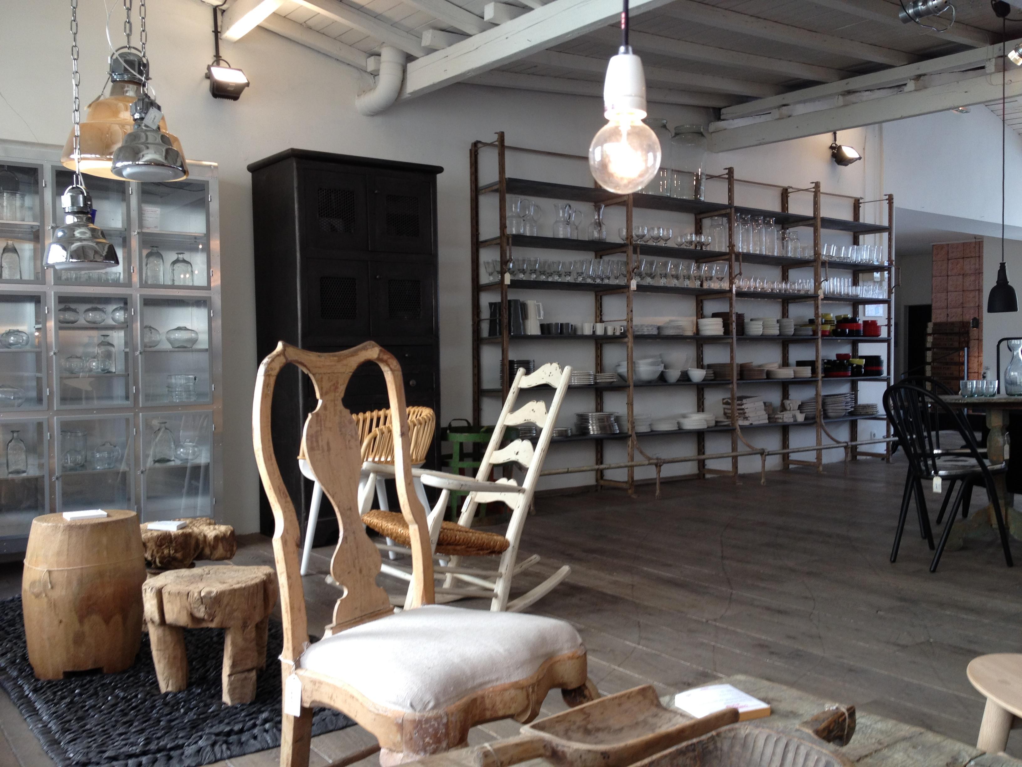 concept store   attic.