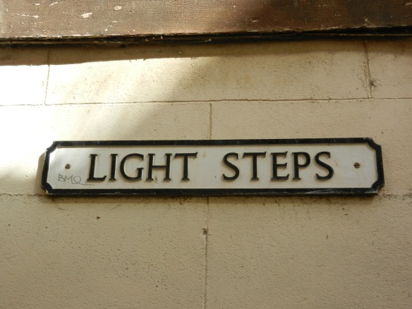 light steps